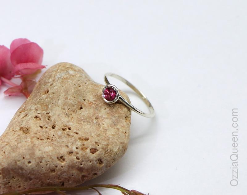 Кольцо Pink